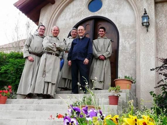 Resultado de imagen para carta monasterio cristo orante comisaria