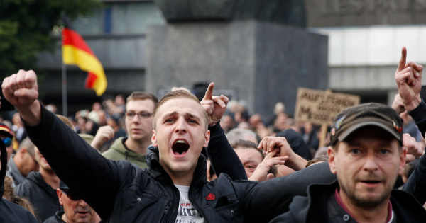 """Image result for dresde una ciudad de Alemania se declara en """"estado de emergencia por nazismo"""""""