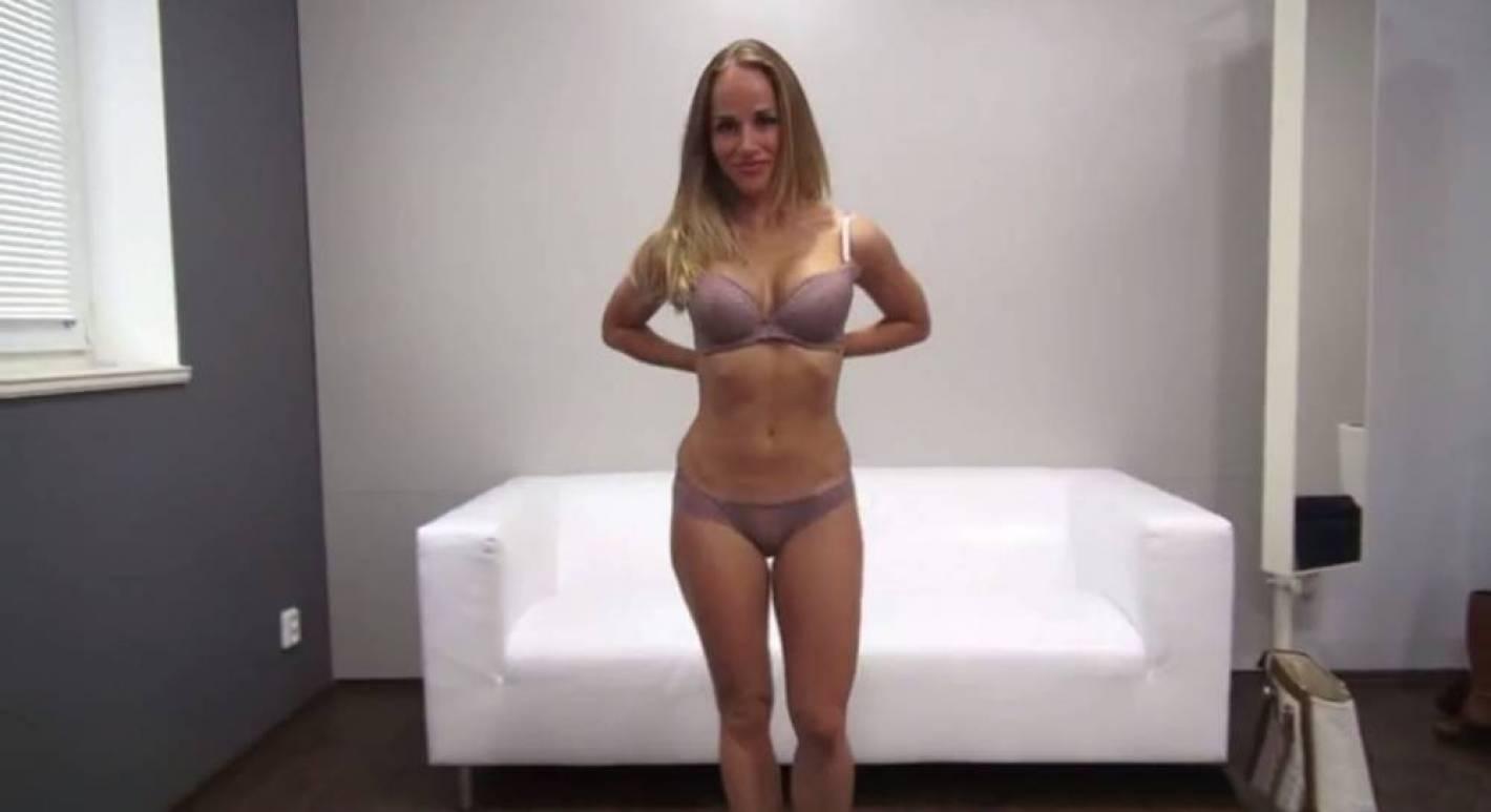Alumnos Porno miraban porno en internet y se encontraron a su maestra