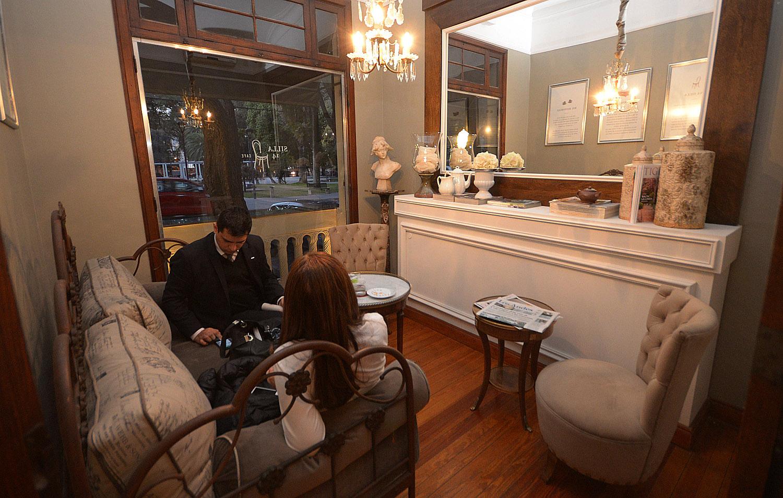 As es silla 14 el m gico caf catalogado como el mejor for Silla 14 cafe resto mendoza mendoza