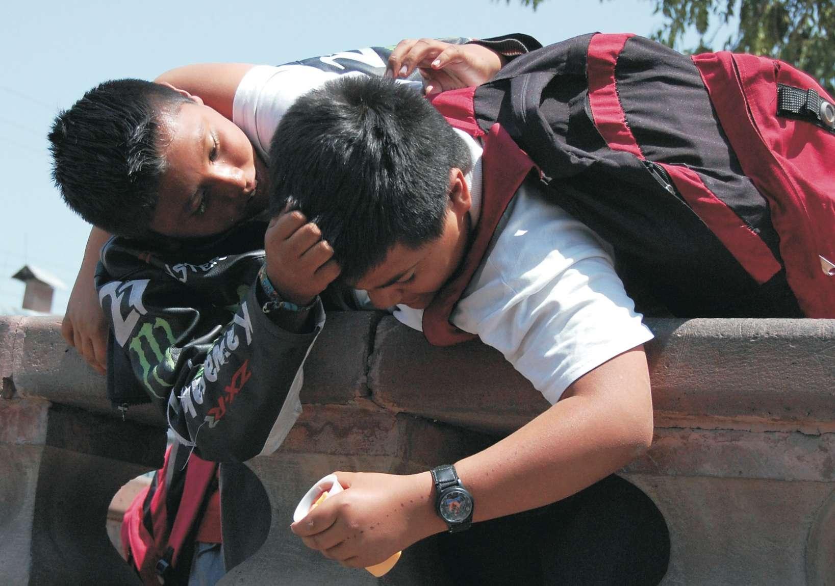 Resultado de imagen para niño bullying 100 mil pesos